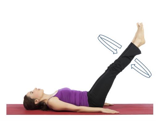 6個動作瘦小腹 躺著就能練出馬甲線