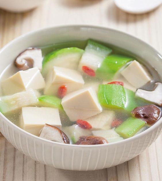 絲瓜豆腐湯