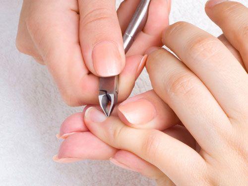 【剪指甲的正確方法】指甲不能剪太短 簡單5步驟讓你剪出美甲 防凍甲又美麗!