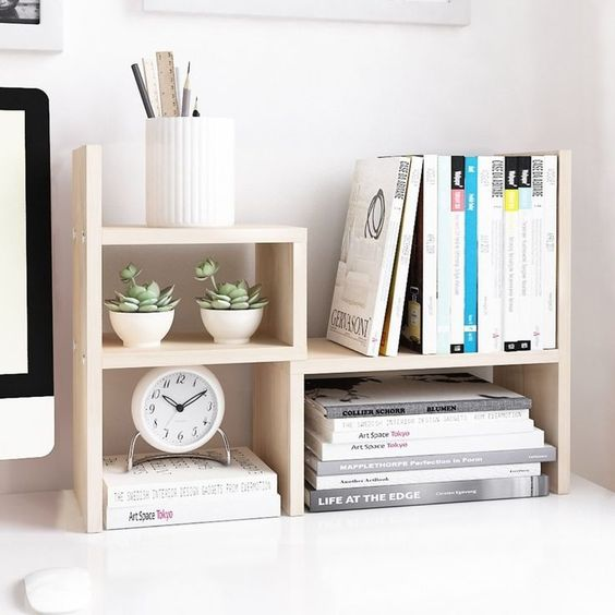 辦公桌要簡潔為主。