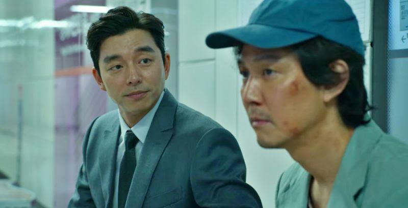 孔劉在《魷魚遊戲》游說李政宰參加遊戲
