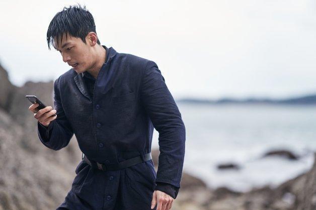《魷魚遊戲》第二季將會交代警察黃俊昊是否成功發送訊息引來警察