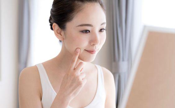 使用暗瘡貼可以化妝嗎?